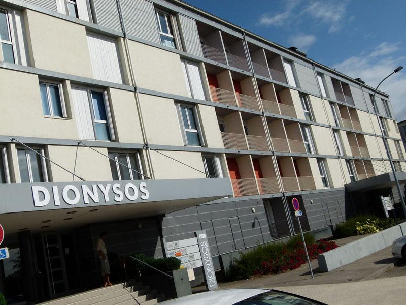 Dionysos : Locaux professionnels