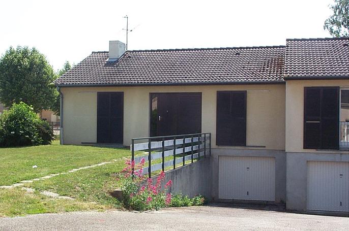 Maison - 2 rue parot La Roche-en-Brenil