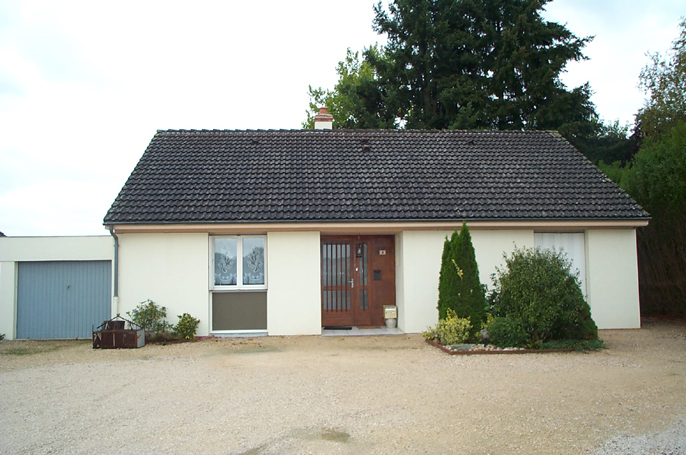 Maison -  rue du c.e.s. Echenon