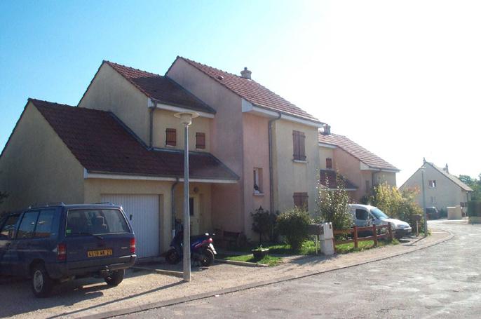 Maison -  lotiss les chevrieres Savigny-le-Sec