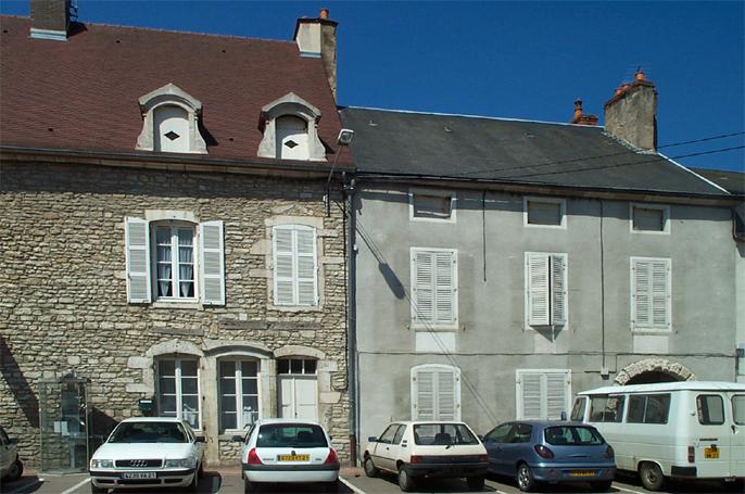 Immeuble - 11 place de la mairie Bligny-sur-Ouche